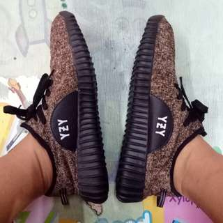 OBRAL Yezzy with minus size 39, 40, 41, 42, 43