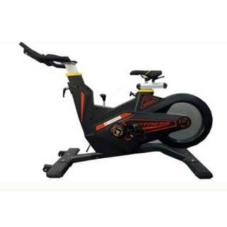 Commercial Spinning Bike Sporty Look