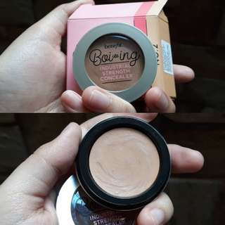 BENEFIT industrial strength concealer no.02 95%
