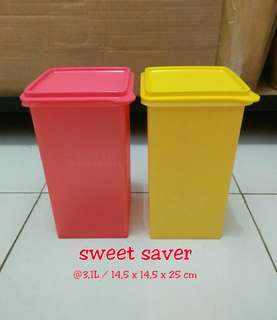 Sweet saver tupperware 2 pcs