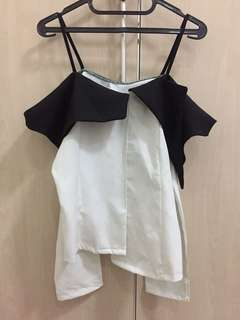 Monochrome top