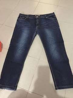 Plus size (Size 40 jeans)