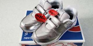 罕有!New Balance #580   Kids sporty shoes, 小童運動鞋   Size:26