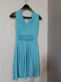 Dress biru muda