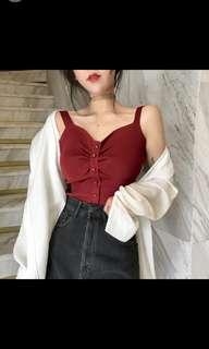 Po v-neck off shoulder crop top sleeveless