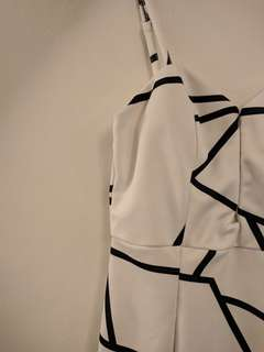 Women's black and white size 8 dress