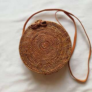 Brown ribbon closure rattan bag w/ lining