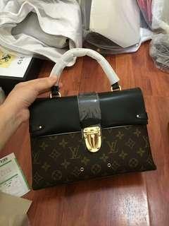 Louis Vuitton Flapbag