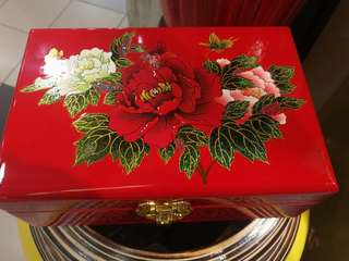 Red wedding jewellery wooden box