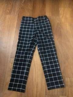 Uniqlo 兒童格紋長褲