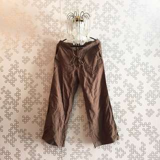 Darkbrown Bottom 🌸 Condition : 9/10 (can fit S/M size)  Price : RM 20.00 DM for more details 🖤