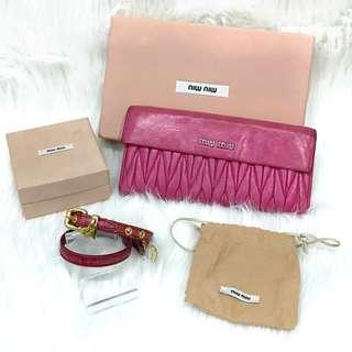 MIU MIU 桃紫紅色羊皮 set(長銀包 + 雙圈手帶)