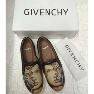 BIG SALE !!!! GIVENCHY Leather Slip On SNEAKERS FOR KIDS
