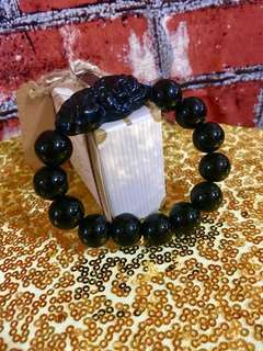 Beautiful and solid natural obsidian Pee Xiu Crystal Bracelet