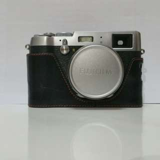 Fujiflim X100T Silver(Excellent condition)