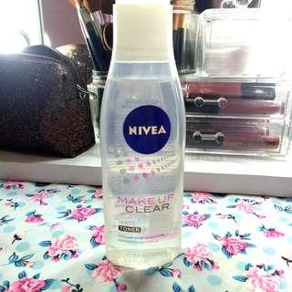 Nivea Make Up Clear White Toner