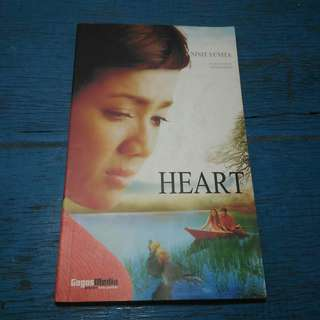 Novel Best Seller Heart – Ninit Yunita