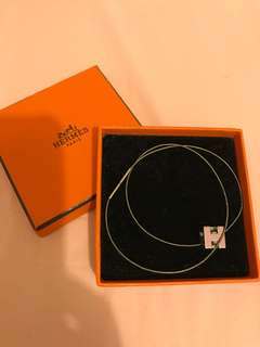 Hermes Necklace H cube