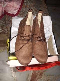 Shoes (Zanea)