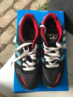 Adidas Original (3 stripes)