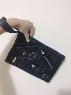 🚚 Gaga西班牙品牌 真皮手拿包