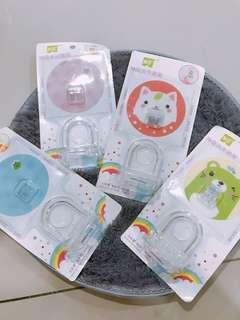 Shower gel / hand soap holder