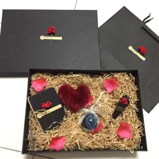 Lecrin Flower Gift box