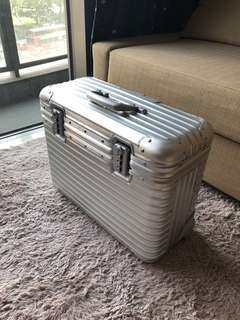 Rimowa Pilot Topas 2 Wheels (Discontinued)