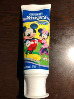 Oral-B Stages 牙膏