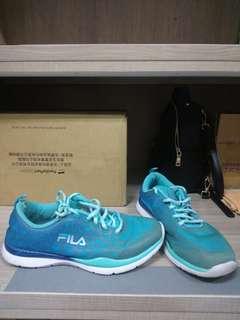 Fila  運動鞋