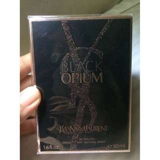 Yves Saint Laurent Black Opium Perfume