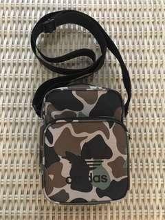 Adidas Originals💯% Authentic camo mini bag for SGD$40