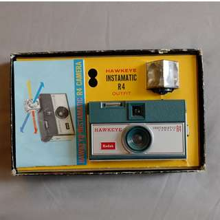 Kodak Hawkeye Instamatic R4 (with original box and manual)