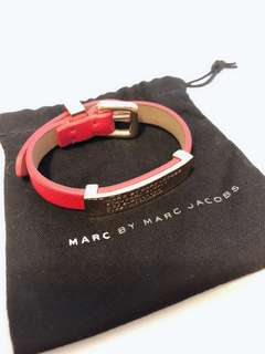Marc By Marc Jacobs 紅色 x 金扣 皮手帶 可調較SIZE