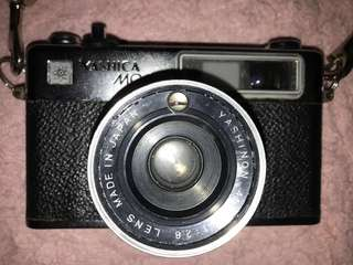 YASHICA MG-1 ANALOG