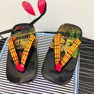 JAPAN MINI WOODEN GETA (CLOGS)