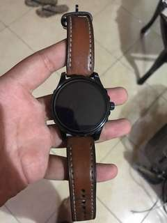 Jam fossil smart watch