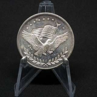 🚚 Vintage 1oz High relief eagle trade unit