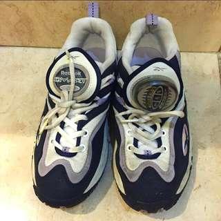 Sepatu Sport Reebok Authentic