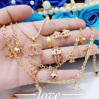 Set perhiasan dewasa