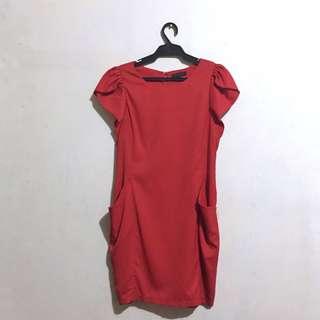 STUDIO | Semi-formal Red Dress