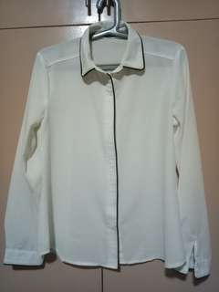 SM woman Piped Button Down Blouse