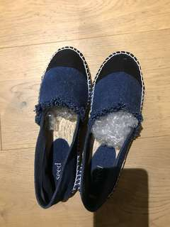 Seed shoes size 38
