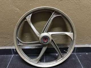 Yamaha sport rim front