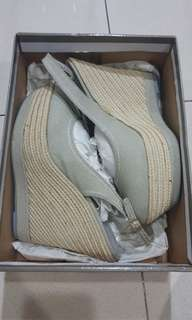 Charles n keith wedges size 39 new