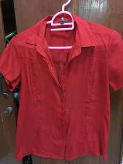 blouse lengan pendek merah