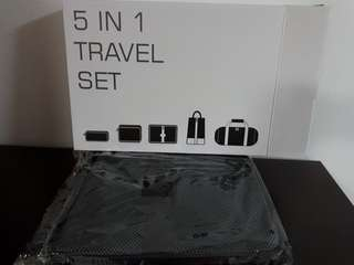 Travel Set - 5 in 1