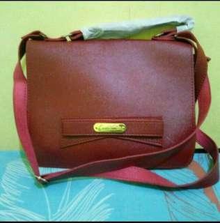 Tas handbag l tas kerja l tas kuliah l tas maroon l tas selempang l tas basic l tas sling bag