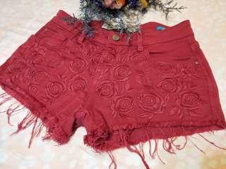 🚚 Zara紅色 蕾絲 刺繡 刷破 流蘇 短褲