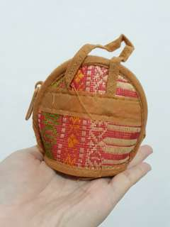 Pouch songket